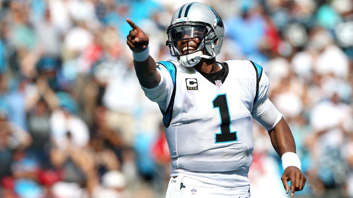 Cam Newton se queda en carolina