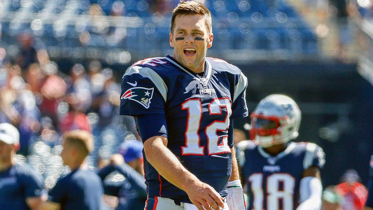 Tom Brady, harto por la rotación de receptores
