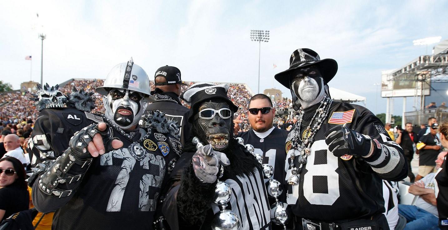Raiders tailgate