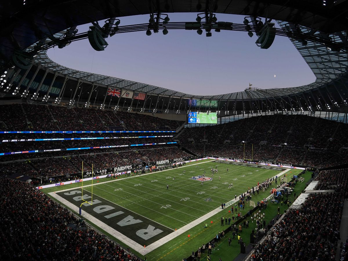 0_NFL-Chicago-Bears-at-Oakland-Raiders