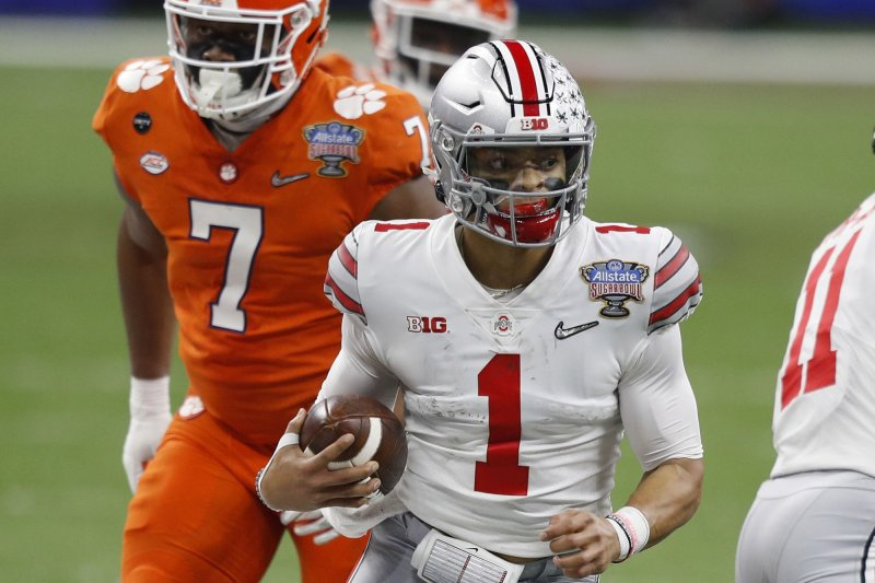Sugar-Bowl-Justin-Fields-Ohio-State-dominate-Clemson-to-reach-title-game