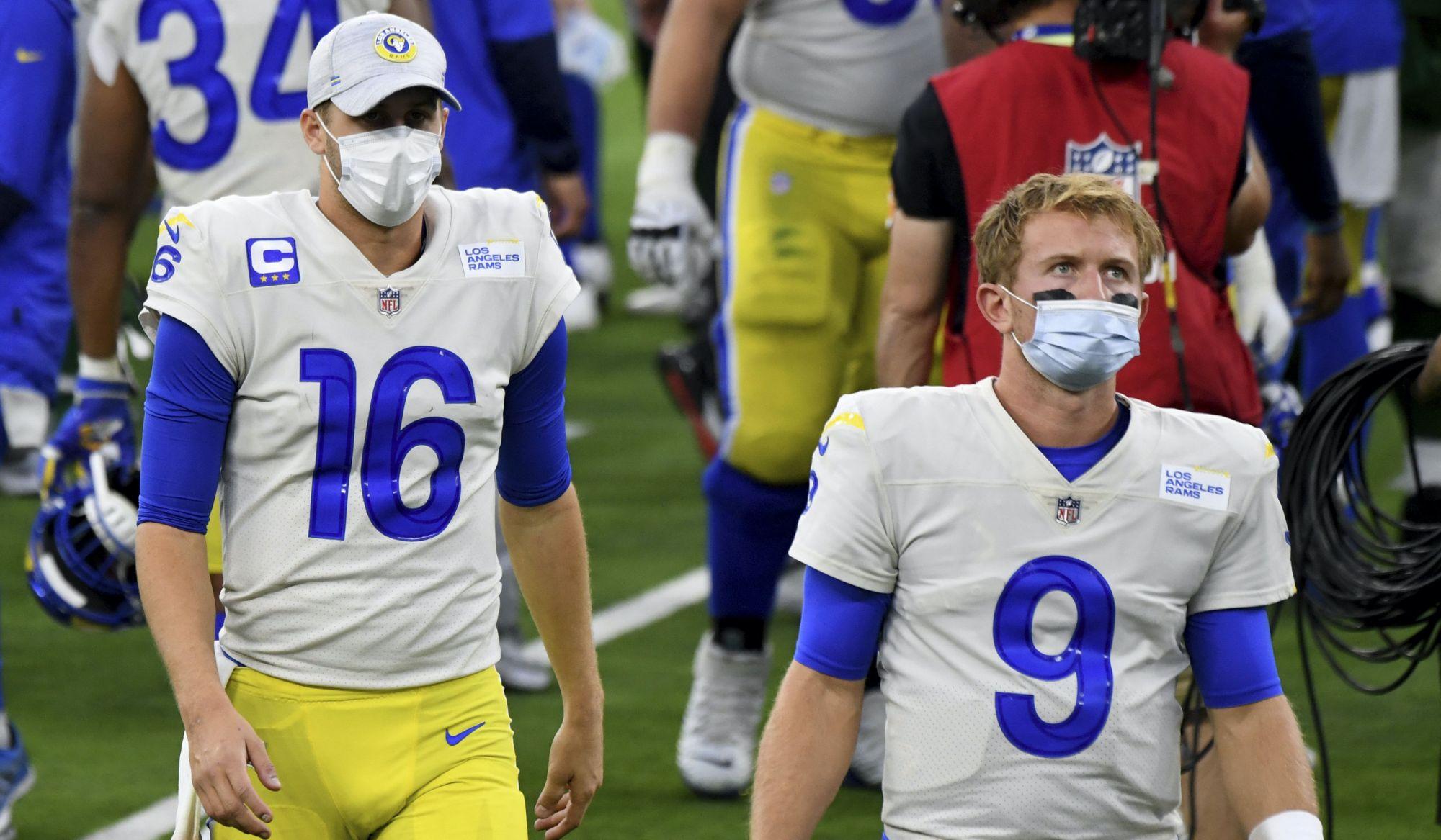 Los Rams no saben quien va ser su QB titular
